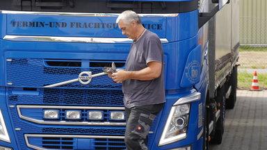 Das Traumschiff - Zdf.reportage Die Trucker - Tag Und Nacht Auf Achse