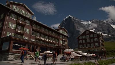 Schweizer Hotelgeschichten (3/4)