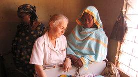 Zwei Frauen für Kamerun