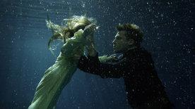 Engel unter Wasser