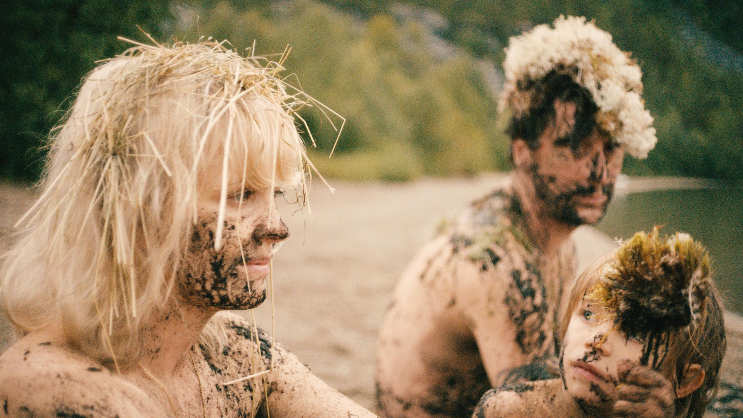 Filme   Das kleine Fernsehspiel - Hedi Schneider steckt fest
