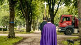 Leben für den Tod - Menschen am Zentralfriedhof