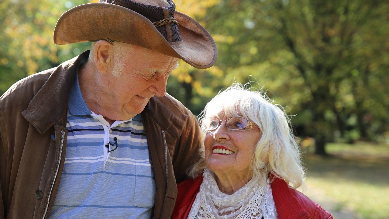 Frau verliebt in ältere Verliebt in