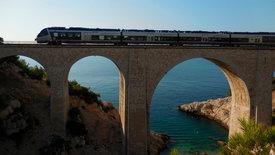 Mit dem Zug entlang der Côte Bleue