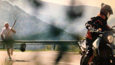 Terra Xpress - Dröhnende Biker Und Das Ungeheuer Im See