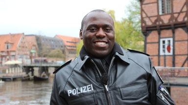 37 Grad - Schwarze Haut - Deutscher Pass
