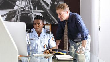 Death In Paradise: Krimiserie In Der Karibik - Death In Paradise, Staffel 8: Geheimnisvolle Tiefen - Teil 2