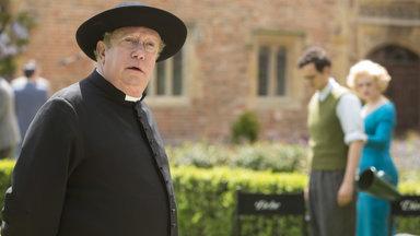 Father Brown - Zehnteilige Britische Krimiserie - Die Maske Des Dämons