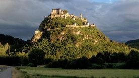 Ritter, Schmiede, Edelfrauen - Kärntens Burgen<br/>einst und jetzt