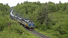 Mit dem Zug vom St. Lorenz-Strom zum Atlantik
