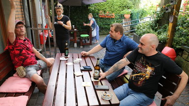 Zdf.reportage - Kaffee, Kippe, Kult - Leben Am Kiosk