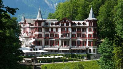 Schweizer Hotelgeschichten (2/4)