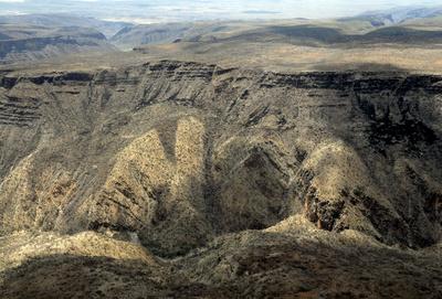 Rift Valley - Der große Graben (3/3)
