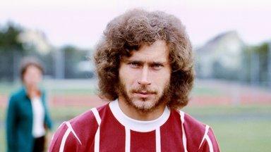 Zdf History - Paul Breitner - Der Legendäre Fußball-rebell